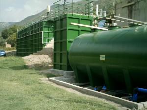 Instal·lacions de tractament de l'aigua del Llobregat mitjançant filtres de sorra. Comunitat Minera Olesana.