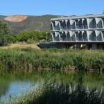 Instal·lacions de la UPC a la vora de l'estany